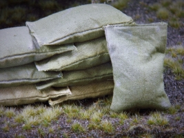 15 Khaki beige Stoff Sandsäcke, gefüllt 45 x 30 mm