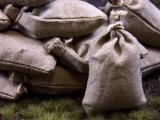 12 Khaki beige Stoff Sandsäcke, gefüllt 45 x 30 mm, gebunden