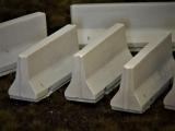 Diorama Zubehör, 6 Beton Straßensperren, Jersey Beton Barrieren grau, 1:35/32