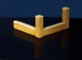 Diorama Zubehör, 2 Klinkersäulen mit Mauern, 1:35