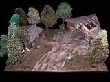 Diorama, Waldflugplatz mit Hangar und Baracke, beleuchtet, 1:48